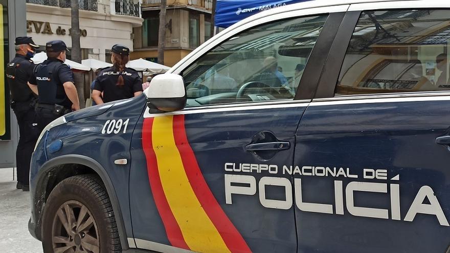 Detenida por robarle 1.600 euros de la pensión a un octogenario cuando salía del banco