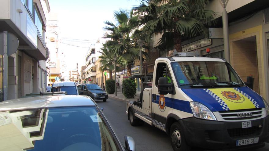 El Ayuntamiento de Torrevieja contratará con Eysa el servicio de recogida de vehículos por 2,5 millones