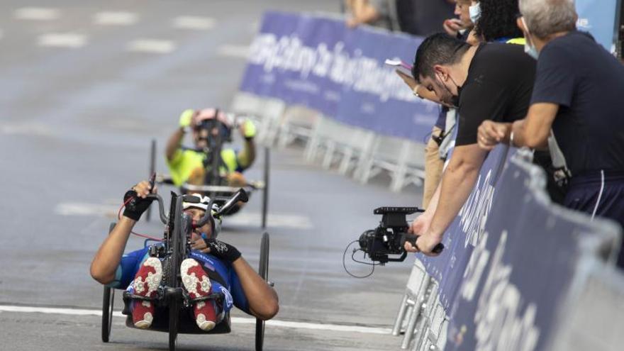 Éxito del I Gran Premio de Paraciclismo Dstrel en Xàtiva