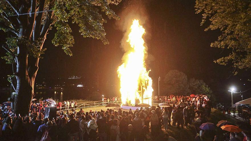 El concejo celebra San Xuan con actividades al aire libre para niños