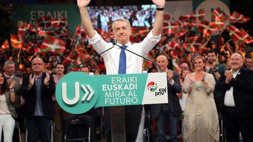 El PP guanya a Galícia amb majoria de 41 escons i el PNB s'imposa a Euskadi amb 29