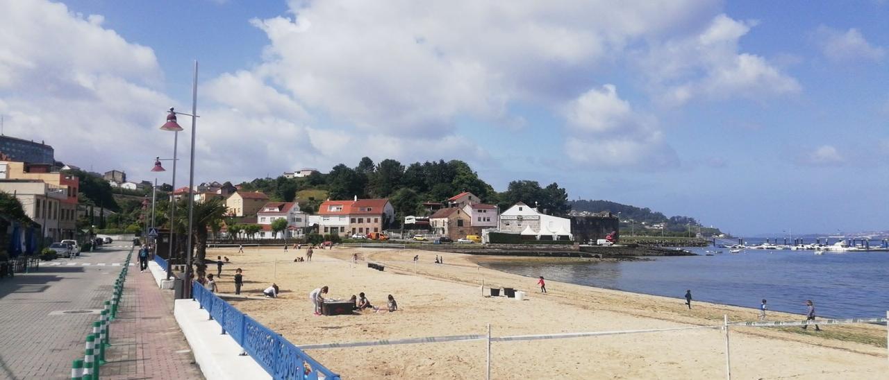 La alcaldesa retiró el viernes las competencias en limpieza de playas a AER.