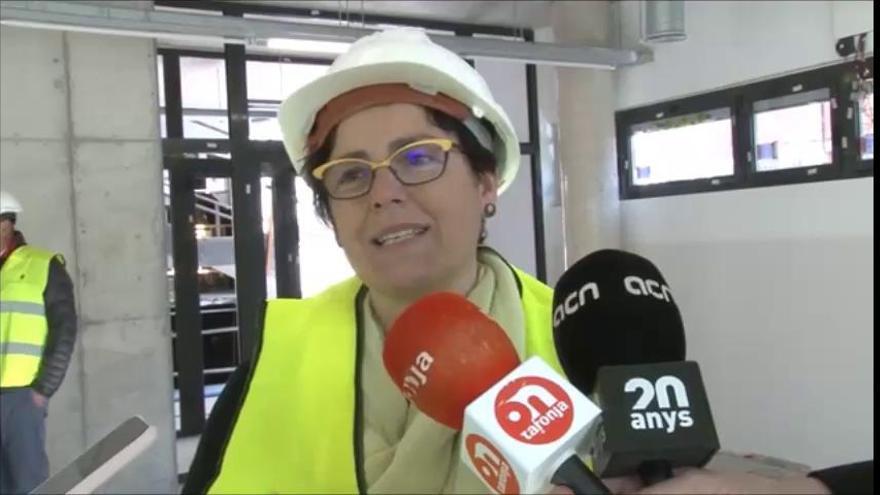 :La tinent d'alcalde d'Igualada explica les característiques del nou centre cívic que s'està construint a la ciutat