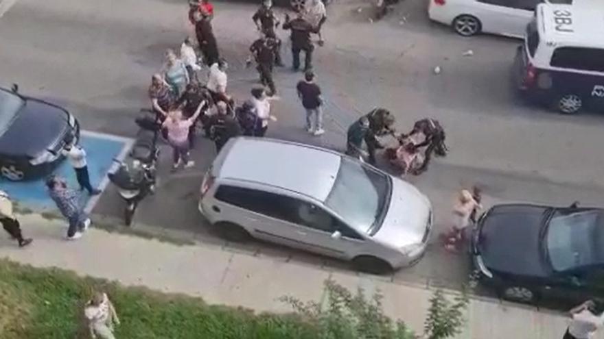 Una pelea multitudinaria causa alarma entre los vecinos en Aldea Moret