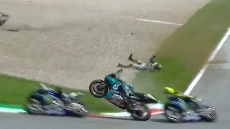 Rossi y Viñales esquivan un gravísmo accidente en Austria