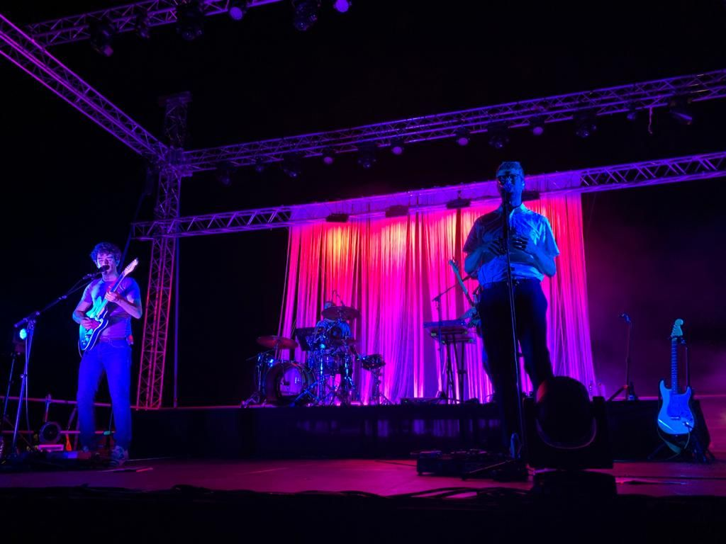 Els Manel actuen al festival Portalblau de l'Escala