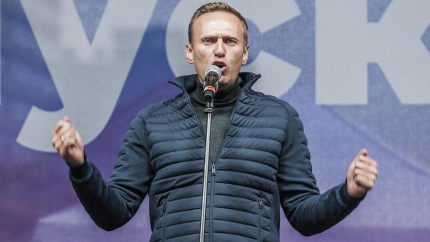 """Alemania ve """"preocupante"""" el estado de salud de Navalni"""