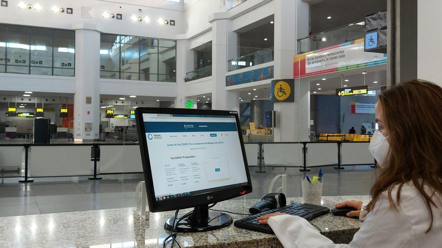 Test Covid-19 en el aeropuerto de Málaga a los pasajeros antes de volar