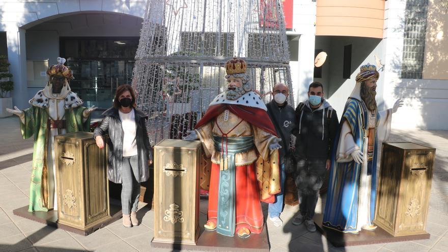 Quart de Poblet recibe unos nuevos Buzones Reales traídos directamente de Oriente