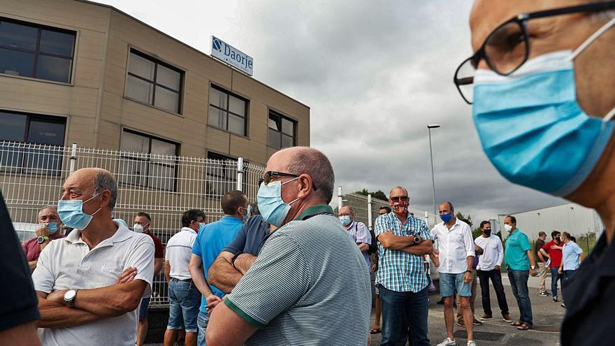 Los ajustes de Arcelor ahogan a las auxiliares, que perdieron un 30% de plantilla desde marzo