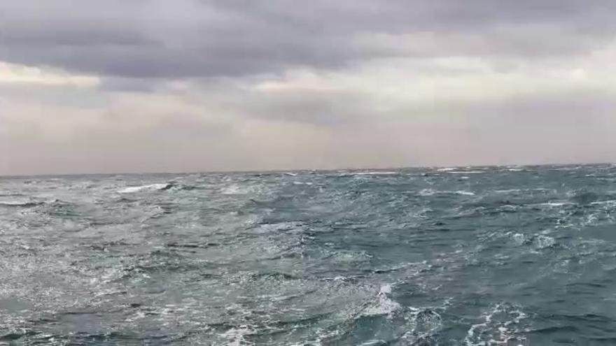 El viento arrecia en el interior y en el litoral de Castellón con rachas cercanas a los 100 km/h