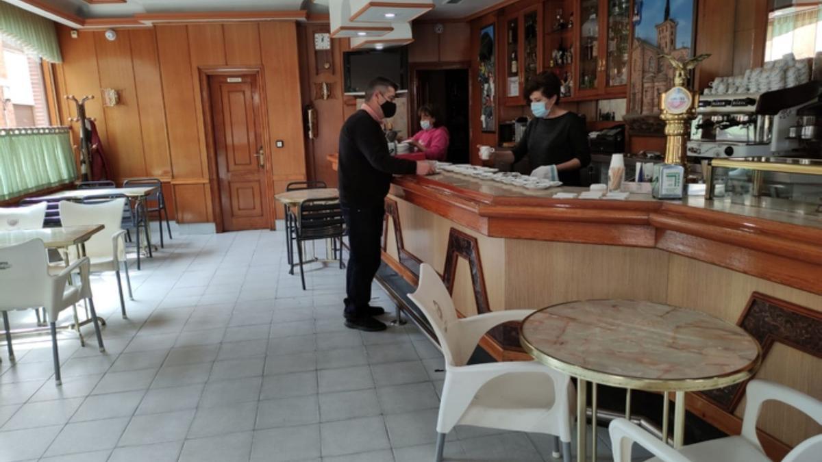 Benavente, una semana más con el interior de los bares cerrado