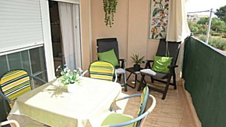 135.000 € Venta de piso en Alcossebre 50 m2, 2 habitaciones, 1 baño, 2.700 €/m2...