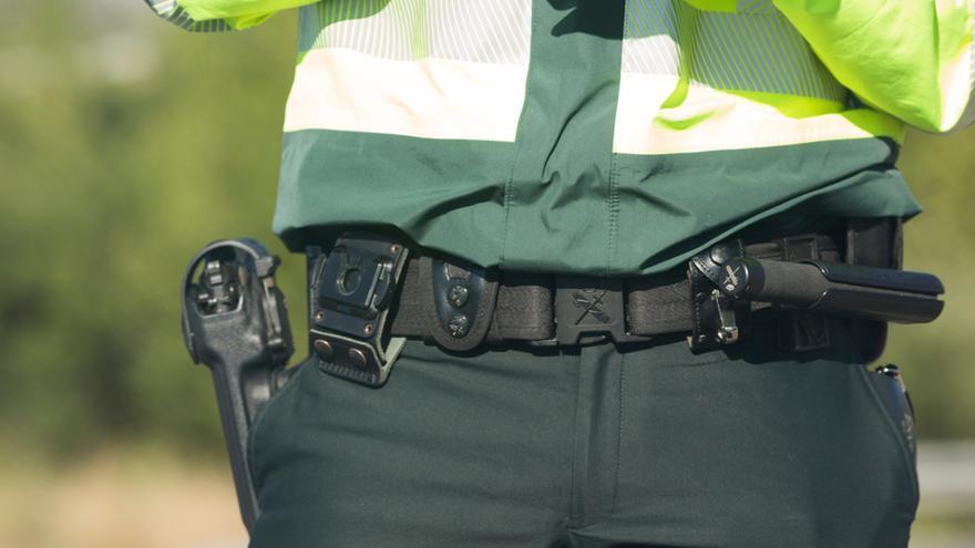 Sanción a un sargento de la Guardia Civil que orinó en la cuneta tras multar a un hombre por lo mismo
