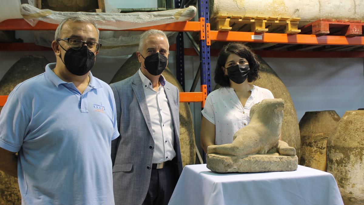 Presentación de las piezas arqueológicas recibidas por el Ayuntamiento de Lucena.