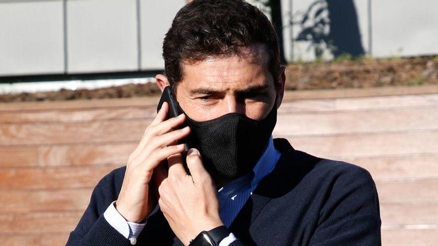 El cor torna a donar-li un ensurt a Iker Casillas