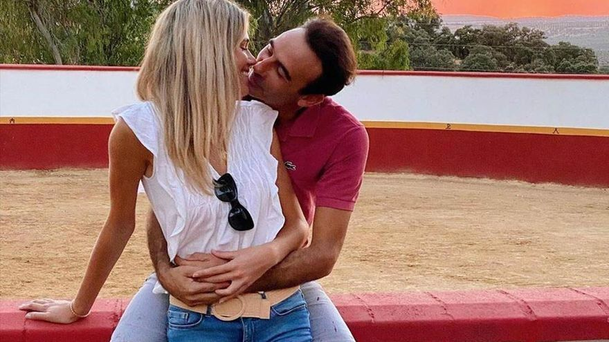 Ponce y Soria pasean su amor por Nimes