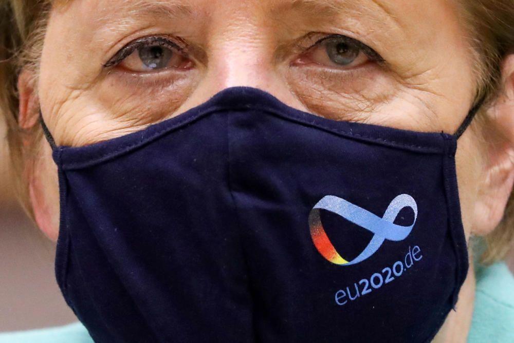 German Chancellor Angela Merkel attends a ...