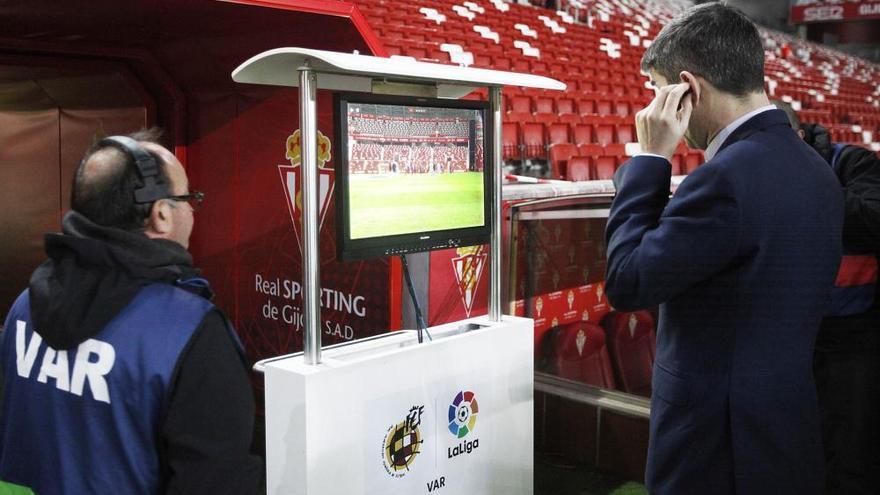 El Sporting toma ventaja sobre el Valencia en la Copa