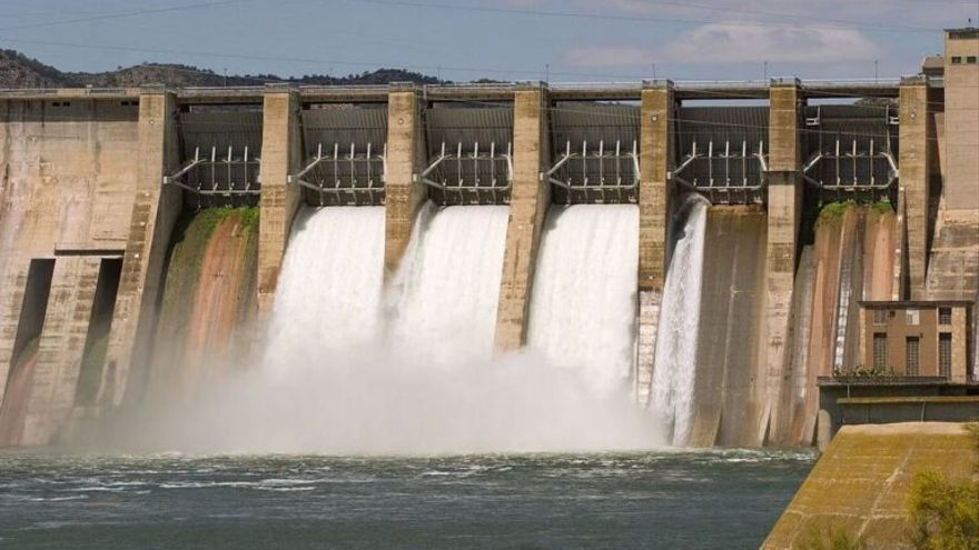 Miles de obstáculos artificiales alteran los ríos españoles