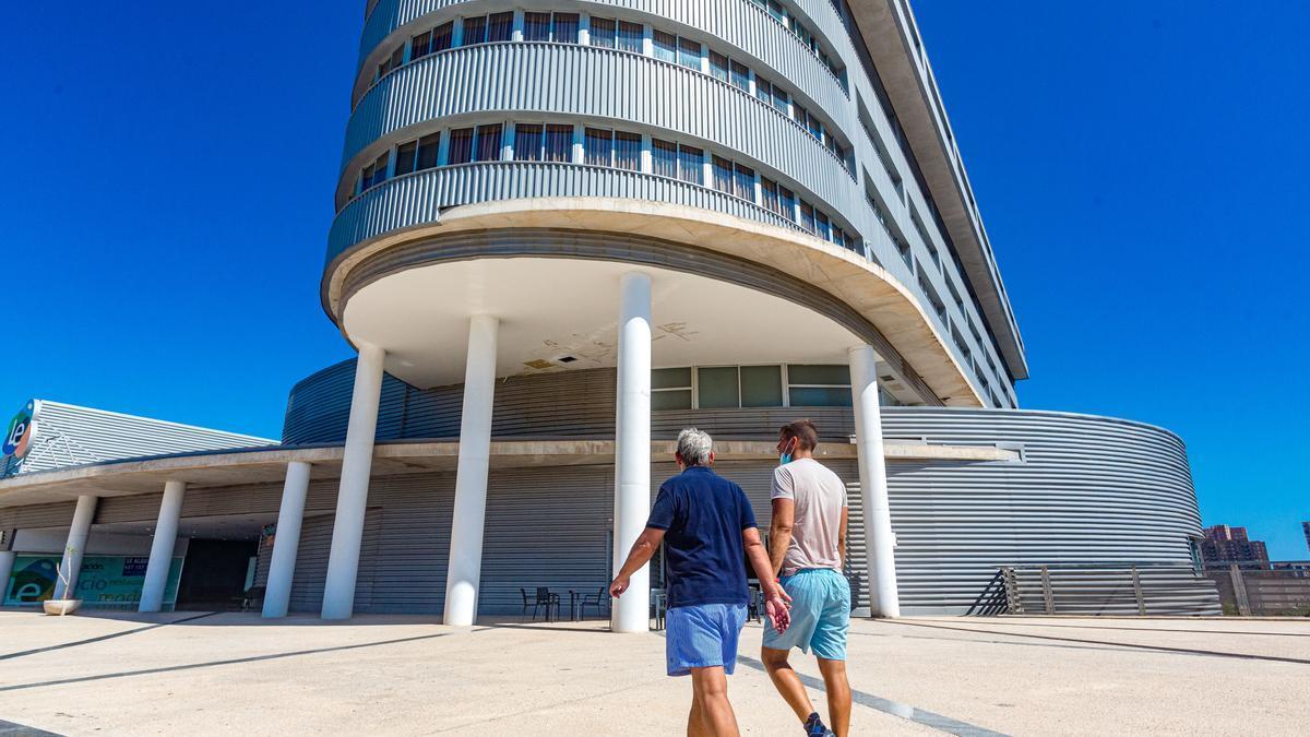 Benidorm aprueba la liquidación del contrato de la estación de autobuses en manos de Ortiz