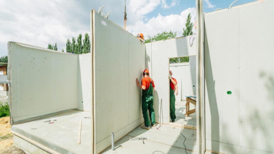 Se buscan montadores/as y aparejadores/as para empresa de construcción de casas prefabricadas en Valencia