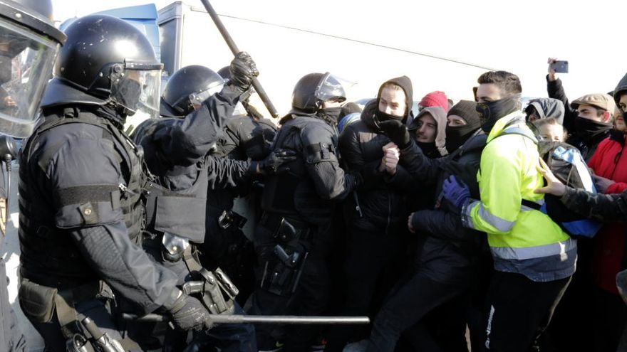 Dos sindicats de Mossos denuncien les condicions de treball dels antiavalots desplegats pel 21-F
