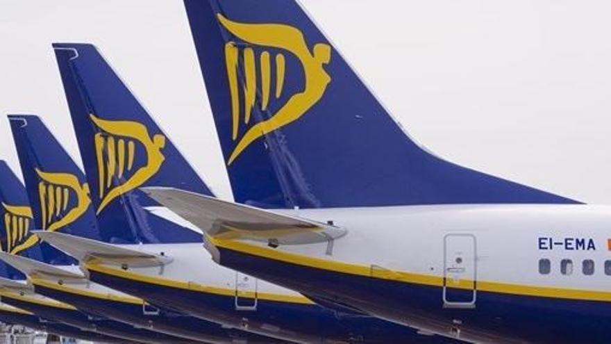 La huelga de pilotos sobrevuela Ryanair por la amenaza de despidos