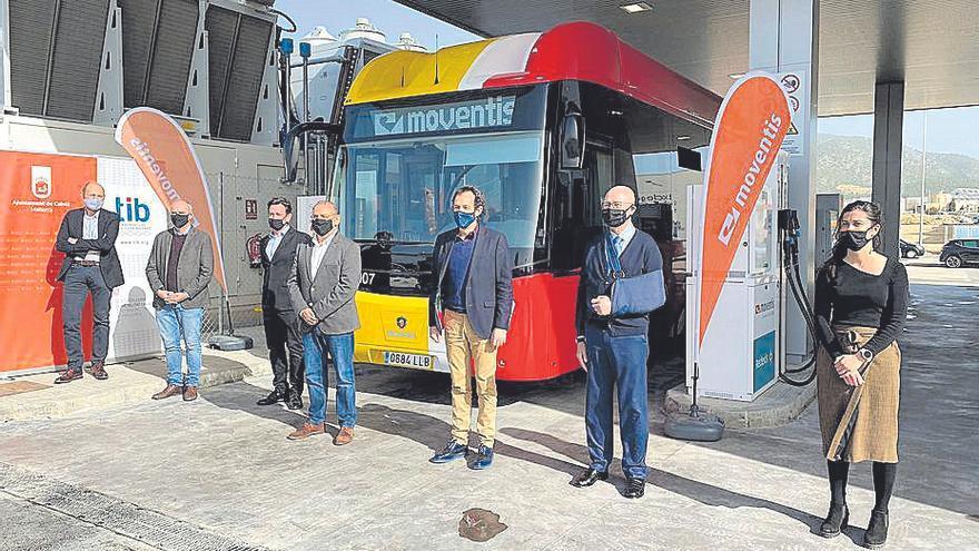 Los conductores del TIB de Andratx y Calvià paran por «prácticas abusivas»