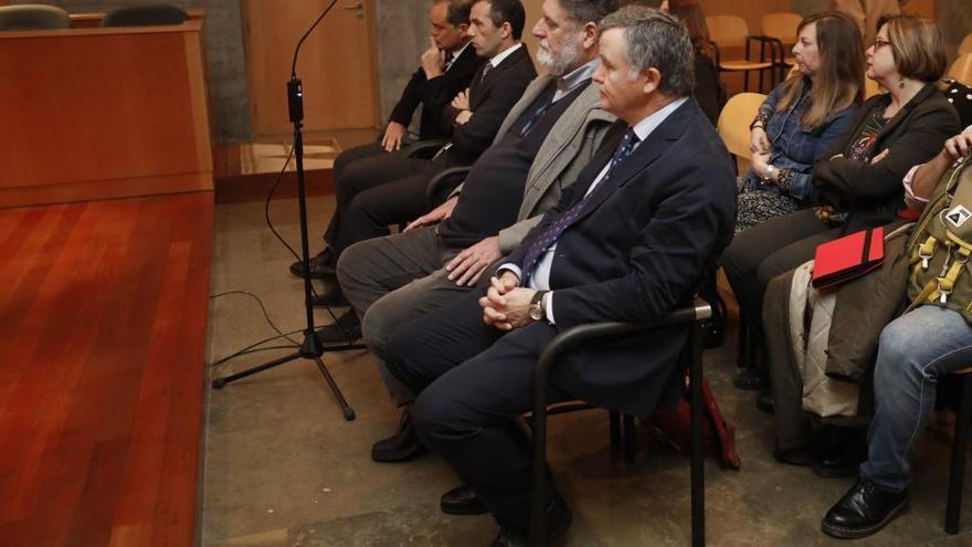 Absueltos los cuatro acusados por prevaricar en el Ayuntamiento de Oviedo