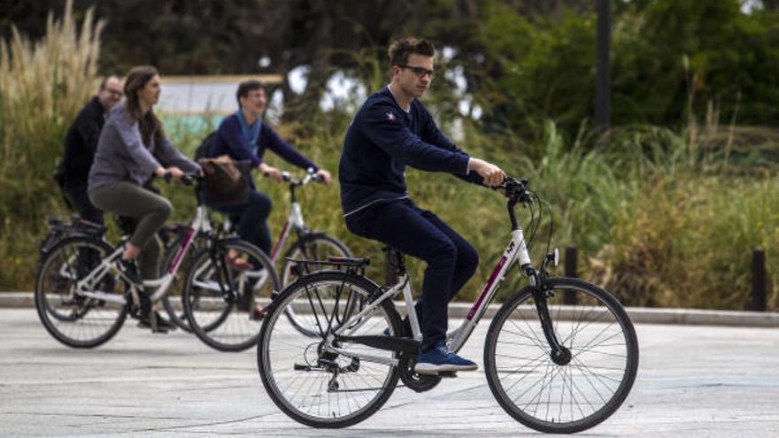 Bicis y chaquetas inteligentes para mejorar la seguridad del ciclista