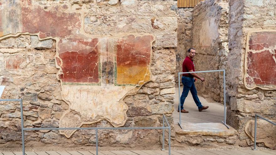 """Investigan si el """"eslabón perdido"""" entre la antigua poesía oral y la música actual está en Cartagena"""
