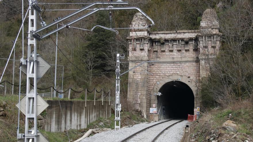 Les obres al túnel de Toses acabaran el 9 de maig i tornaran a circular trens entre Ribes de Freser i Puigcerdà