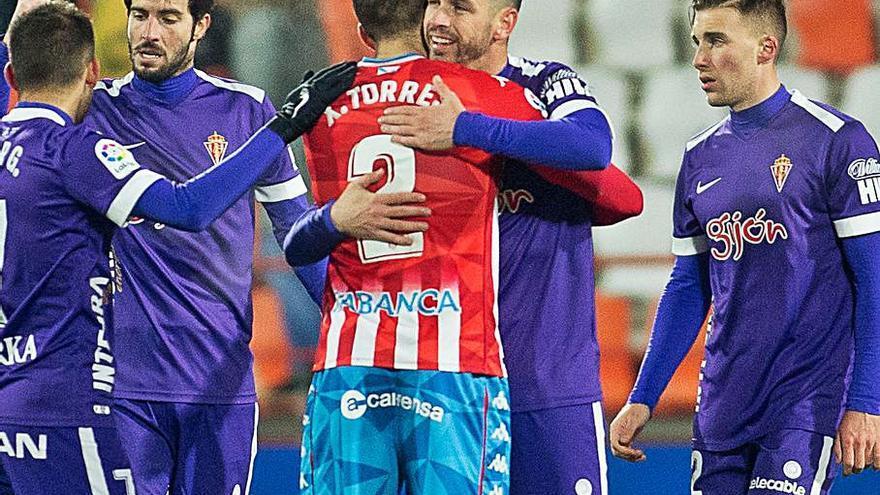 Álvaro Vázquez se va cedido al Sabadell hasta junio