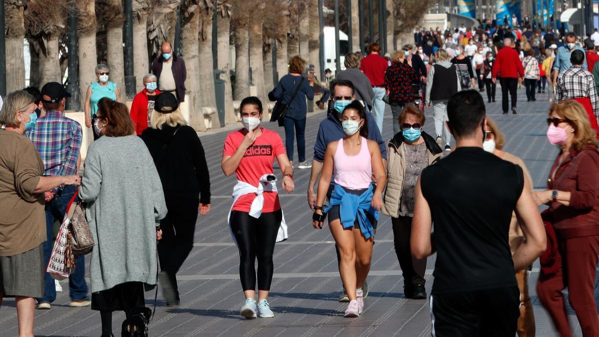 Sanidad prorroga las medidas adicionales hasta el 15 de febrero para controlar la pandemia en la Comunitat Valenciana