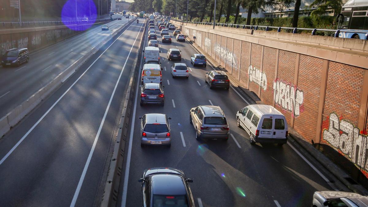 Tráfico en la carretera A6 en la entrada a Madrid.