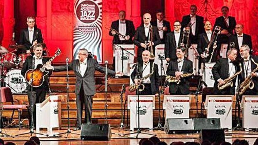 El cicle MusicEstiu i el Festival Nàutic Jazz posen color a les nits castellonines