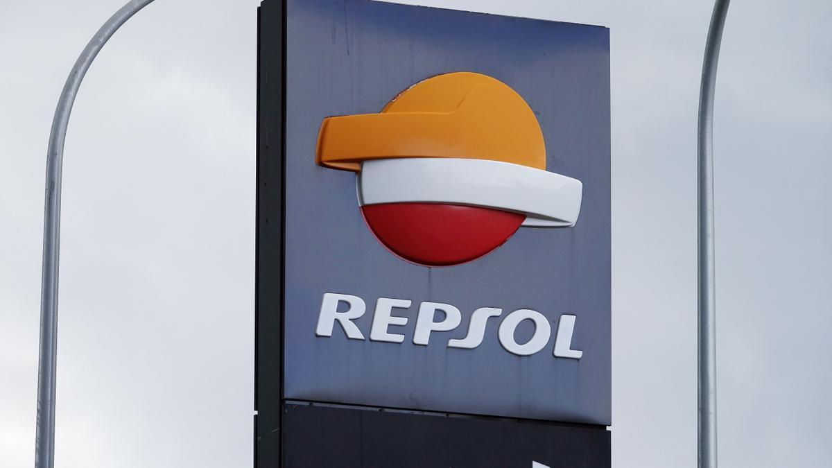 Repsol pierde 3.289 millones en 2020 por el impacto histórico del Covid-19