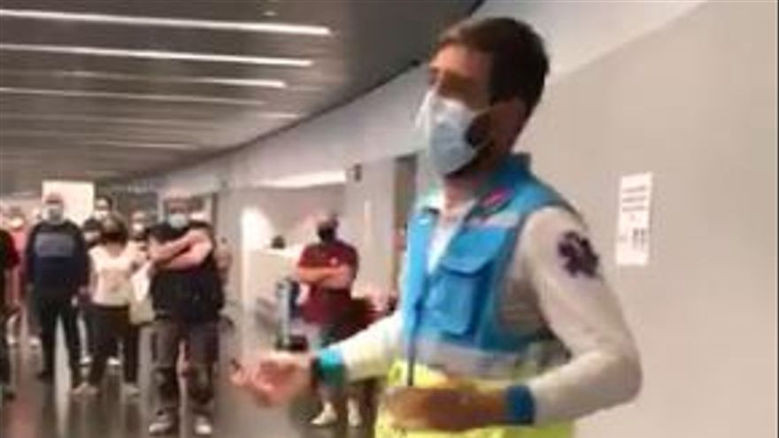 Un enfermero y su monólogo se vuelven virales