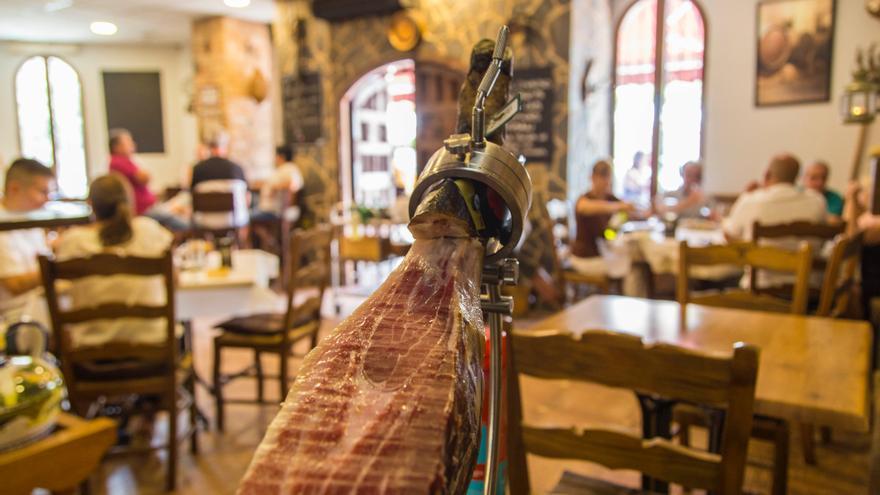 Nuevas tendencias combinadas con platos tradicionales en la Taberna La Vendimia