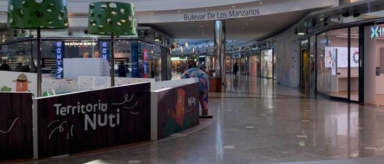 El centro comercial de Paredes.