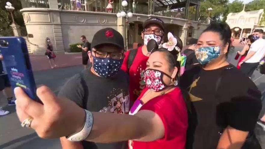 Disney World reabre con récord de contagios en Florida
