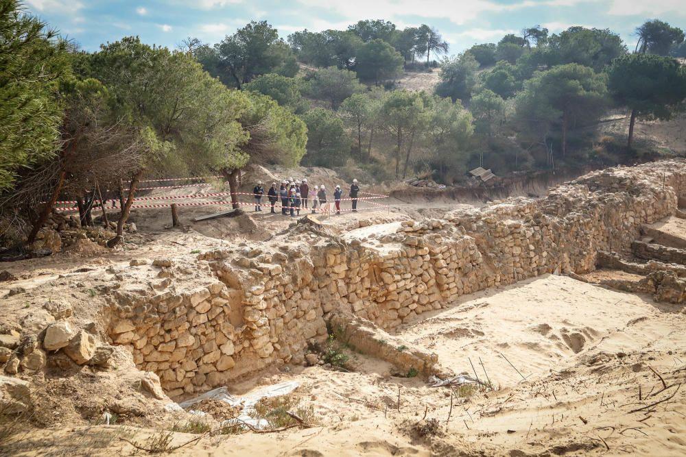 Ruta por los yacimientos arqueológicos de Guardama
