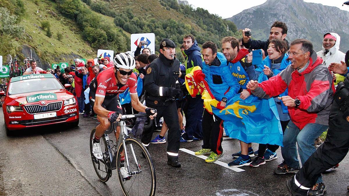 Subida al  Angliru en la Vuelta a España.