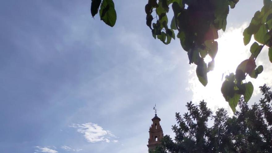 Bonrepòs pide instalar un tobogán y paneles solares en el colegio