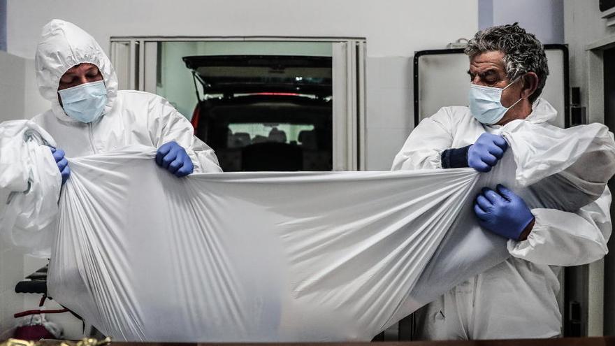 Portugal suma 5.805 contagios con hospitales y funerarias al límite