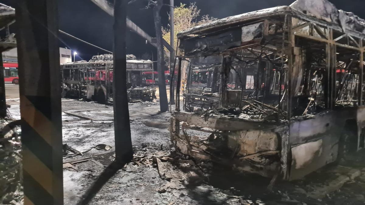 Incendio en la cochera de la EMT