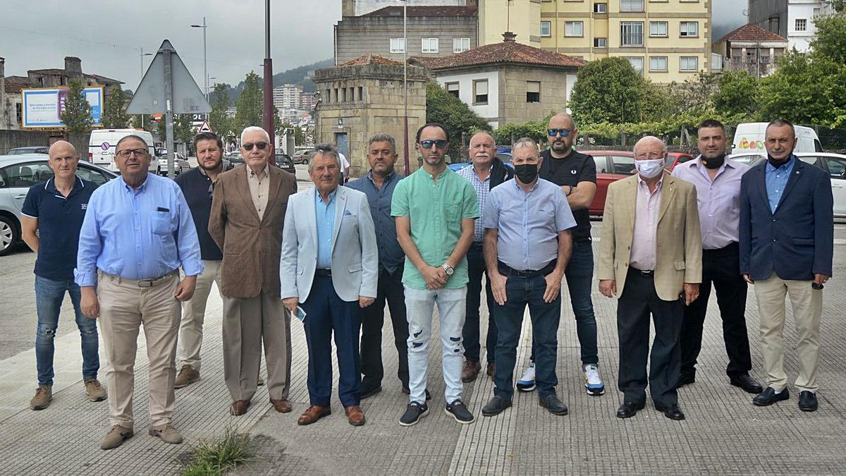 Encuentro de algunos integrantes de los Reales Tercios de España en Pontevedra.     // R. VÁZQUEZ