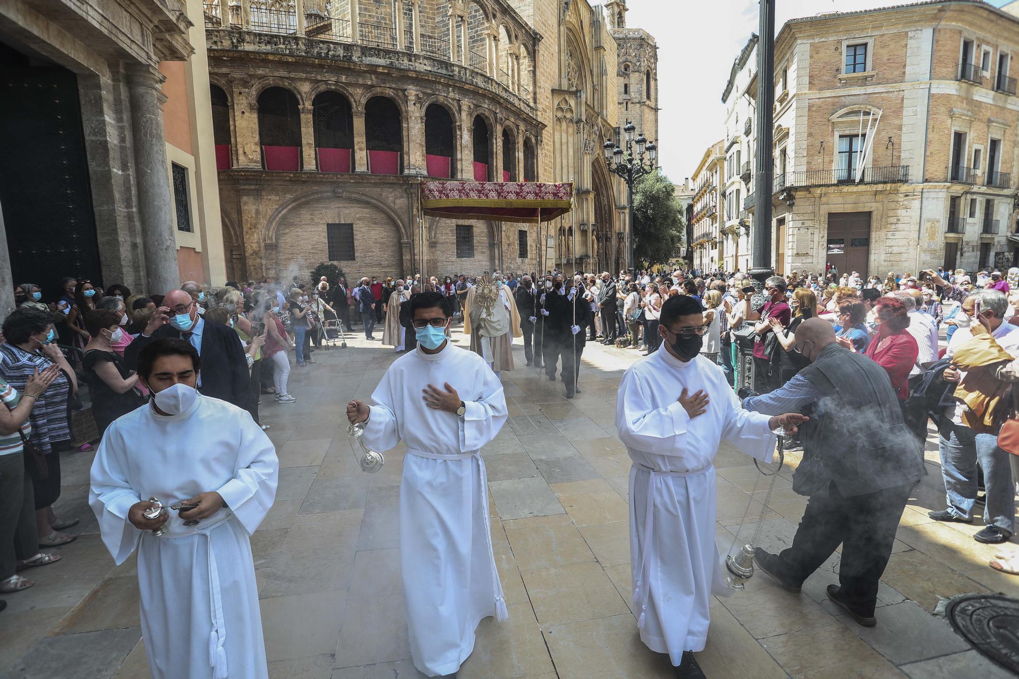Así ha sido la misa y la procesión del día del Corpus en València