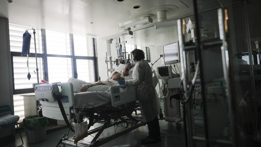 Una mallorquina de 32 años con patologías previas, víctima número 943 en Baleares